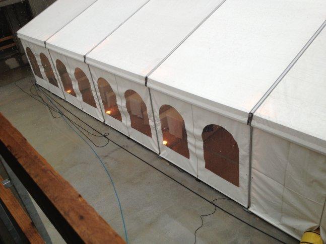 Multifunktionszelt mit Fenster